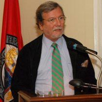 Artista Gonzalo Cienfuegos asume presidencia de la Fundación Centro Cultural La Moneda