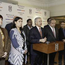 Larraín se reúne con Bárbara Figueroa por salario mínimo: modelan escenarios para reajuste