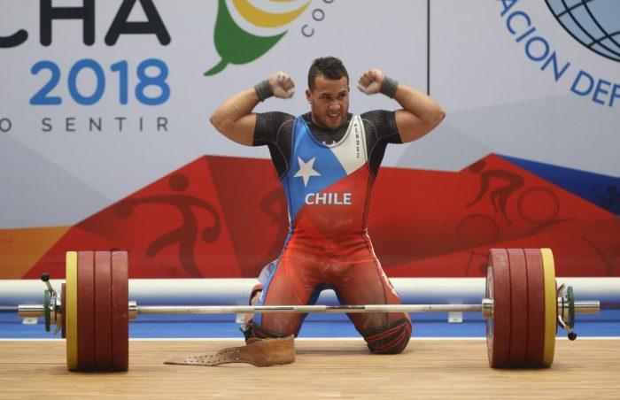 Malas noticias para el Team Chile: Arley Méndez se baja de los Panamericanos por lesión
