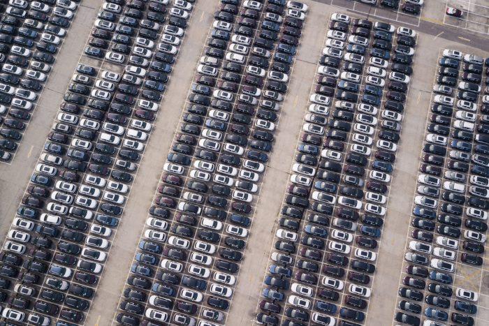 Tensión comercial aumenta ante amenaza de EE.UU. de subir aranceles a importación de automóviles