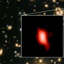 Astrónomos detectan galaxia que se formó poco después del Big Bang