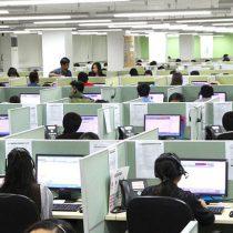 ¿Están muriendo los call center?