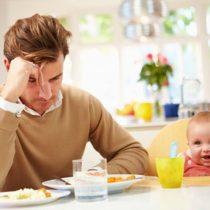 La depresión posparto, un problema que también afecta a los padres