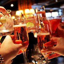 """Nutricionista aclara cómo el alcohol en los """"happy hours"""" puede afectar la dieta"""