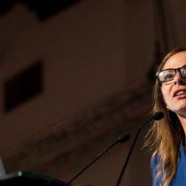 Gobierno escucha solicitud de reinvindicaciones de los derechos de la mujer y pide instructivo a Ministra Plá
