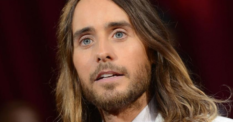 Ex estrella de Disney acusa a Jared Leto de abuso sexual a menores