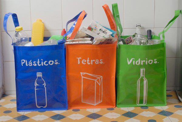 Ley REP: ingresan a Contraloría decreto que fija exigentes metas de reciclaje a las empresas