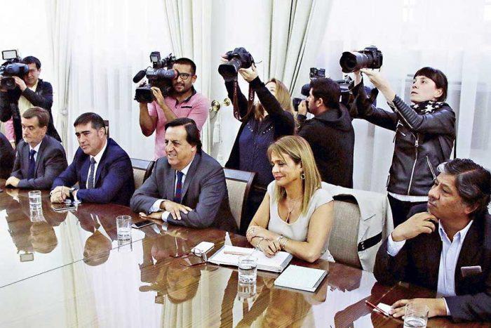 Los errores traen consecuencias: Chile Vamos apunta al círculo de hierro de Piñera