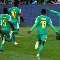 Senegal se impone ante Polonia por 2-1 y rompe los pronósticos del grupo