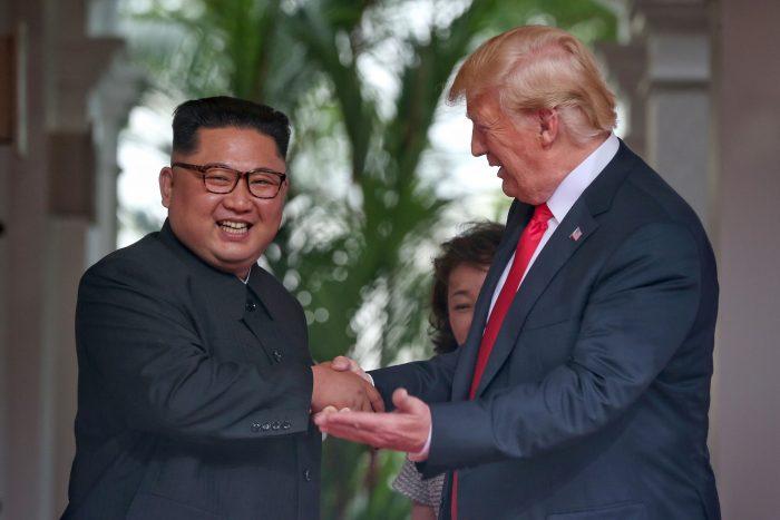 Histórico apretón de manos: Trump y Kim protagonizaron reunión cumbre
