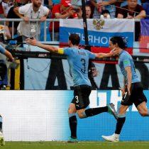 Uruguay golea por 3-0 a Rusia y entra en octavos como líder del grupo A