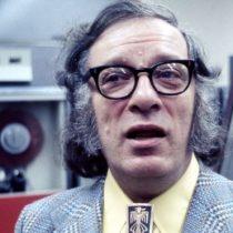 Isaac Asimov: las imaginativas preguntas sobre los humanos en la era espacial que planteó el genio de la ciencia ficción