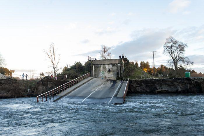 Naín Lamas es nombrado fiscal especial para indagar la caída del puente Cancura