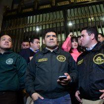 Gobierno cede y ministro Larraín se reúne con gendarmes para evitar paro nacional