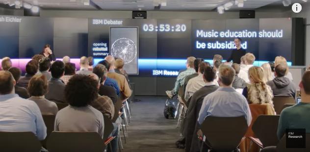 Tiemblan los políticos: robot de IBM se enfrenta a expertos en debate y luce impecable argumentación