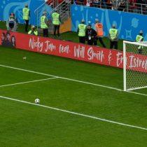 Mala suerte: Cueva se pierde un penal para Perú en el partido ante Dinamarca