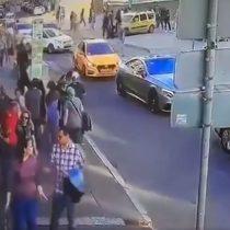 Atropello múltiple de un taxi a una multitud deja ocho heridos en Rusia