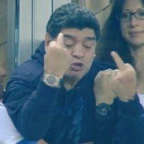 Rusia 2018: Maradona sale del estadio descompuesto tras constante show en las gradas