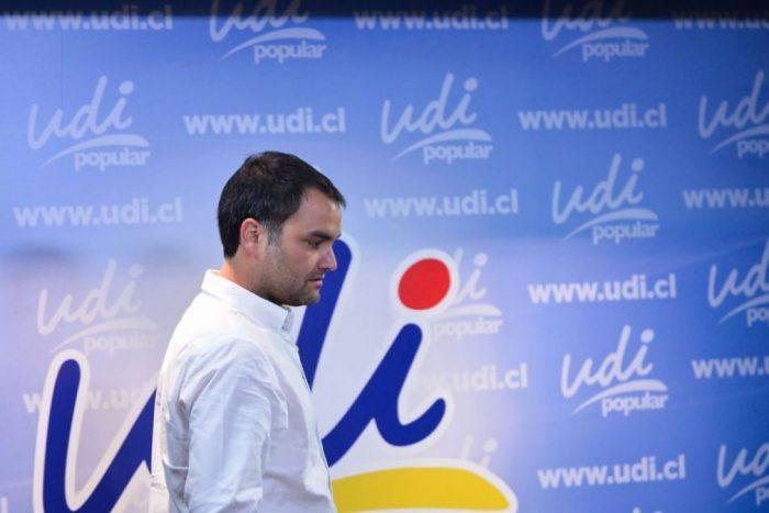 Macaya intenta apagar el ruido presidencial en la UDI y dice que el partido elegirá