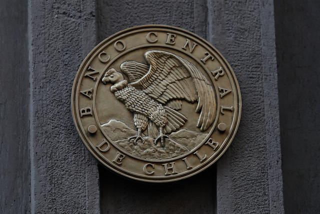 Chile busca nuevas líneas de financiamiento en bancos centrales de EE.UU. y China