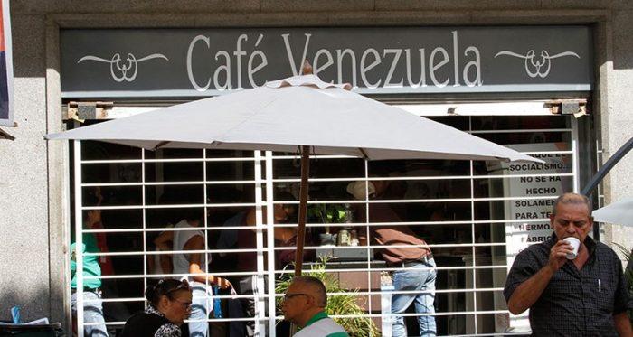 Índice de hiperinflación en Venezuela: ¿cuánto cuesta una taza de café en Caracas?