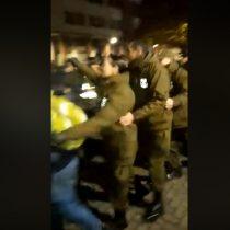 Bailando rancheras Carabineros de Concepción capea el frío con personas en situación de calle