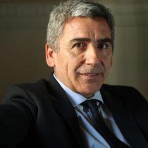 UDP vuelve a elegir a Carlos Peña como rector