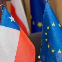 """Parlamento Europeo pide a Bruselas """"ambición"""" para modernizar acuerdo con Chile"""