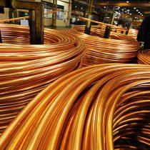 Cobre baja 2,6% por caída de exportaciones chinas y déficit comercial EEUU