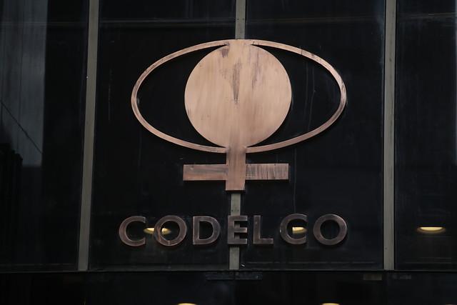 Revés para Codelco: sindicatos de Chuquicamata rechazan oferta de la estatal y extienden la huelga