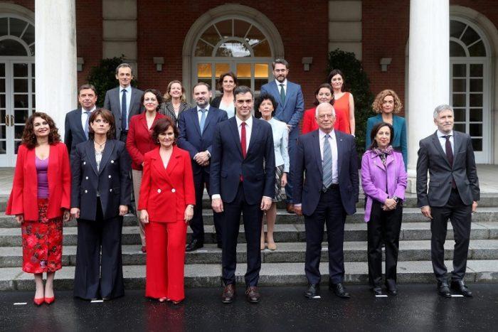 ¿Es el gobierno español un gobierno feminista porque tiene 11 ministras en su gabinete?