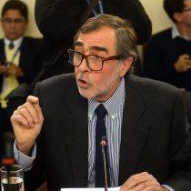 """Correa Sutil pone las manos al fuego por Santelices: dice que ministro actuó """"sin dolo"""" en protocolo de objeción de conciencia"""