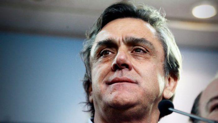 Abogados de Pablo Longueira acusan a la Fiscalía de dilatar el caso SQM