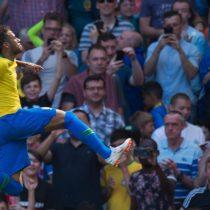 Celebra Brasil: el golazo de Neymar en su regreso a las canchas tras su lesión