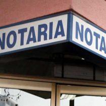 Fedatarios de la reforma de Piñera incomodan a la Asociación de Notarios: