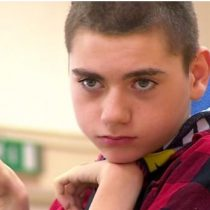 El niño con parálisis cerebral que enseña a otros niños a que no le tengan miedo