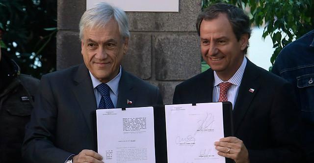 Piñera anuncia Sistema de Financiamiento Solidario que reemplazará al CAE: instituciones deberán asumir diferencia de arancel