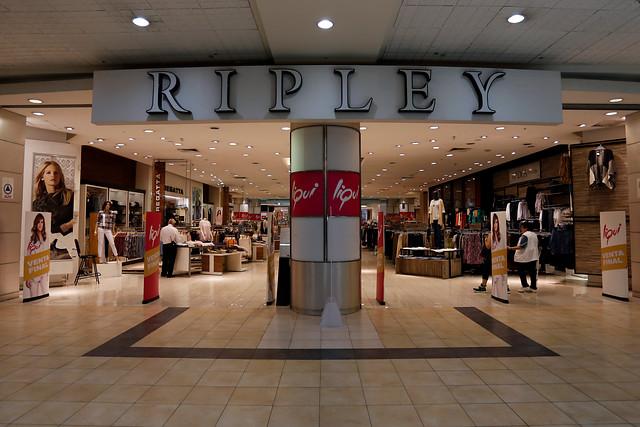 """Familia Calderón se reconcilia tras disputa por propiedad de Ripley y asegura que """"quedaron claros los hechos del pasado"""