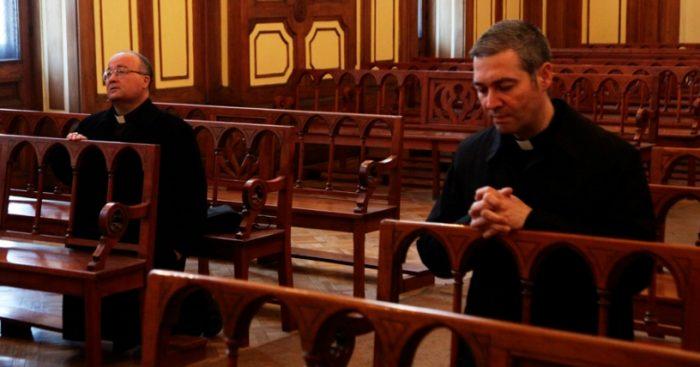 Señal de reconciliación: Enviados del papa a Chile cerrarán este domingo visita a Osorno con una misa