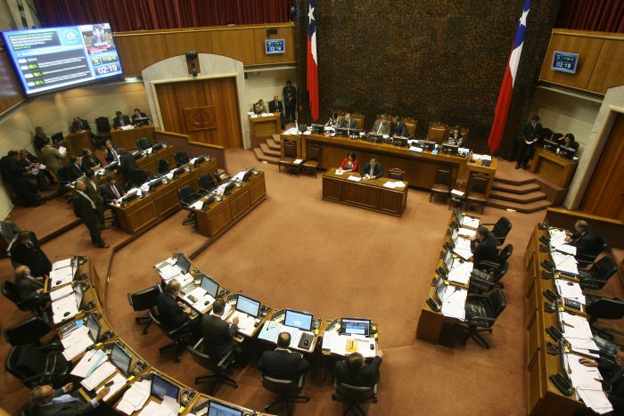 La batalla de los informes: sólo 17 de 43 senadores han transparentado asesorías externas