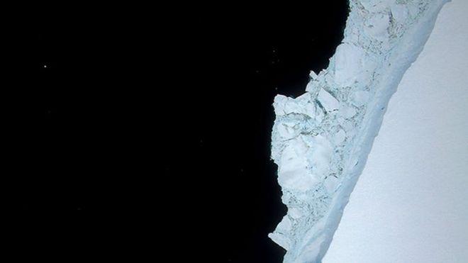 ¿Qué ocurrió con A-68, el gigantesco iceberg que se desprendió hace un año de la Antártica?