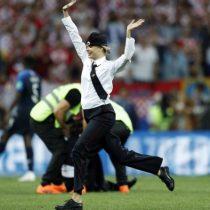 ¿Quiénes son las Pussy Riot, las personas que saltaron a la cancha durante la final del Mundial de Rusia?