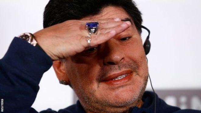 El extravagante primer día de Maradona como presidente del Dinamo Brest en Bielorrusia
