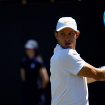Jarry sufre una dura caída en la primera ronda del ATP 500 de Río de Janeiro