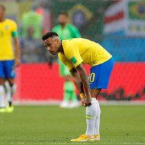 Bélgica pasa por encima de Brasil y se va 2-0 al descanso