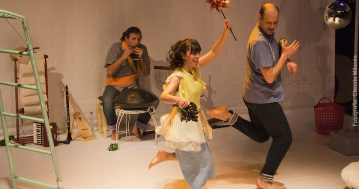 """Obra para la primera infancia """"Melodías en el Aire"""" en Teatro Camino"""