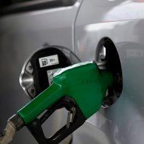 Los países donde la bencina es más cara (y barata) respecto al sueldo