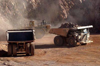 Atenta a China, BHP busca elevar producción de mineral de hierro