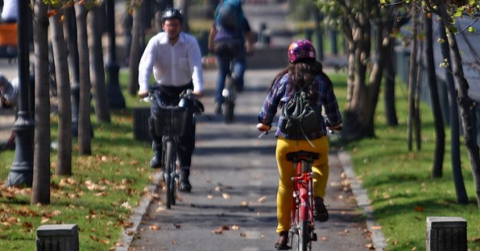 Plan de seguridad vial, aumento de ciclovías y mayor fiscalización buscan resguardar el tránsito de ciclistas