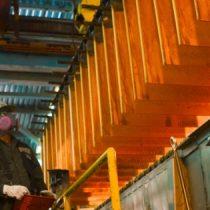 Calma en tensiones comerciales empujan al cobre casi 2% en la Bolsa de Metales de Londres
